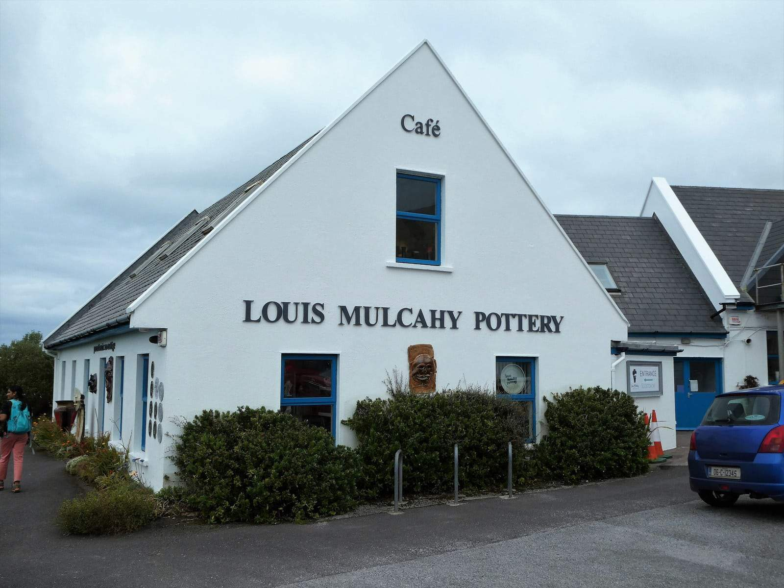 Louis Mulcahy Pottery