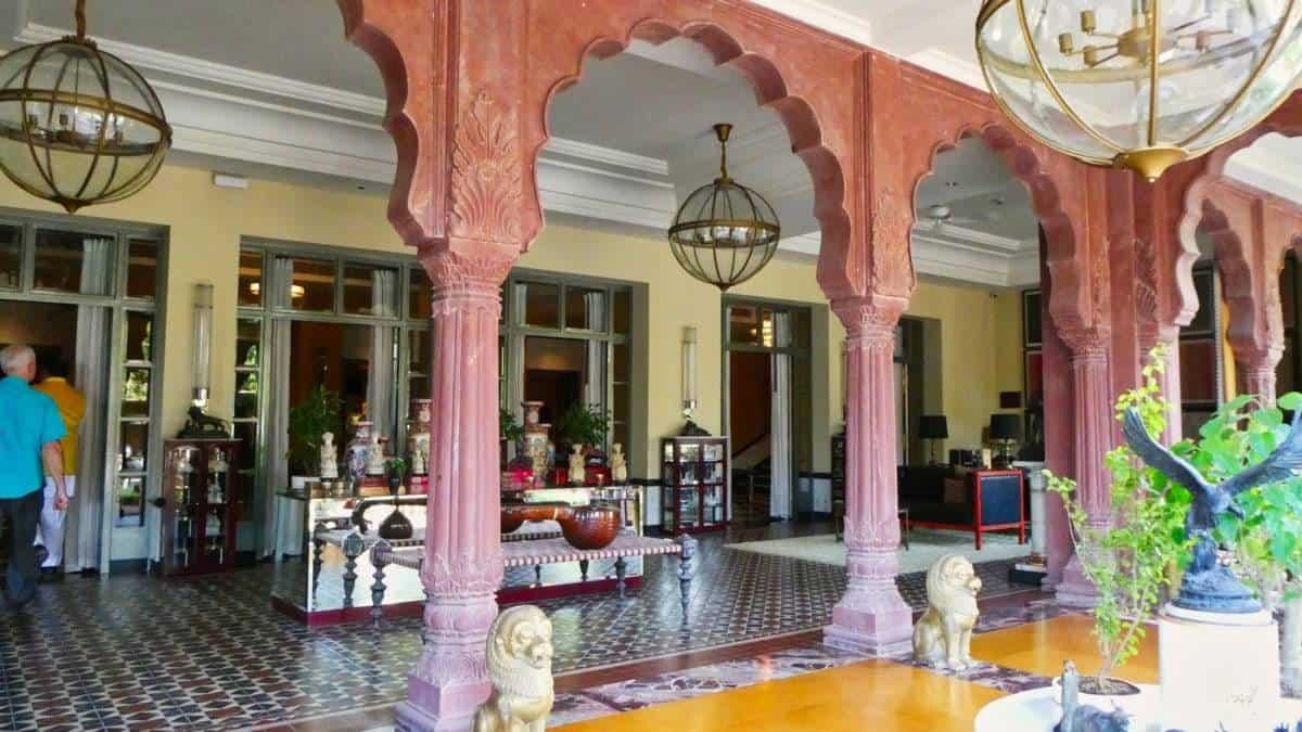 narendra hotel