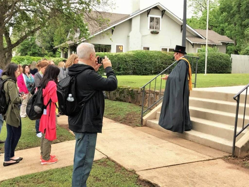huntsville walking tour