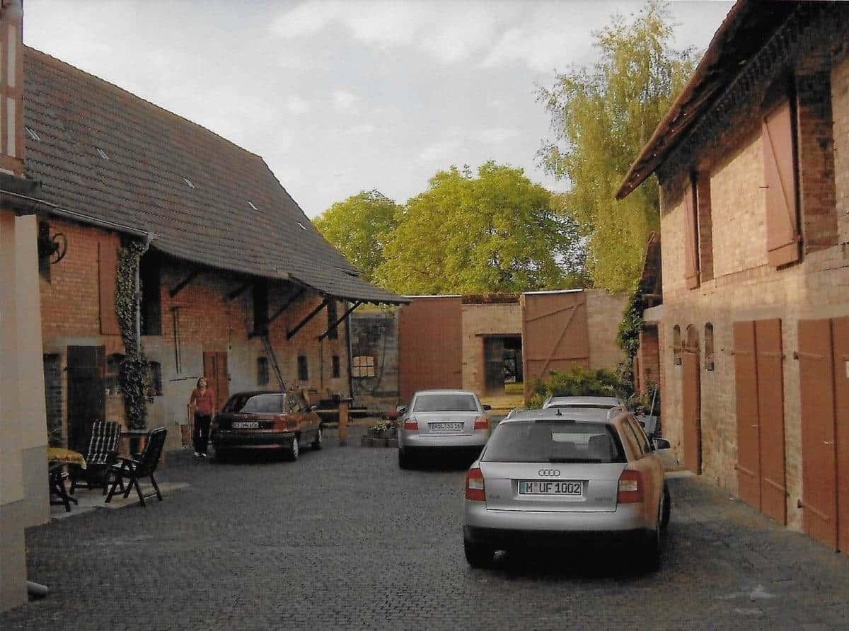 ancestrydna house