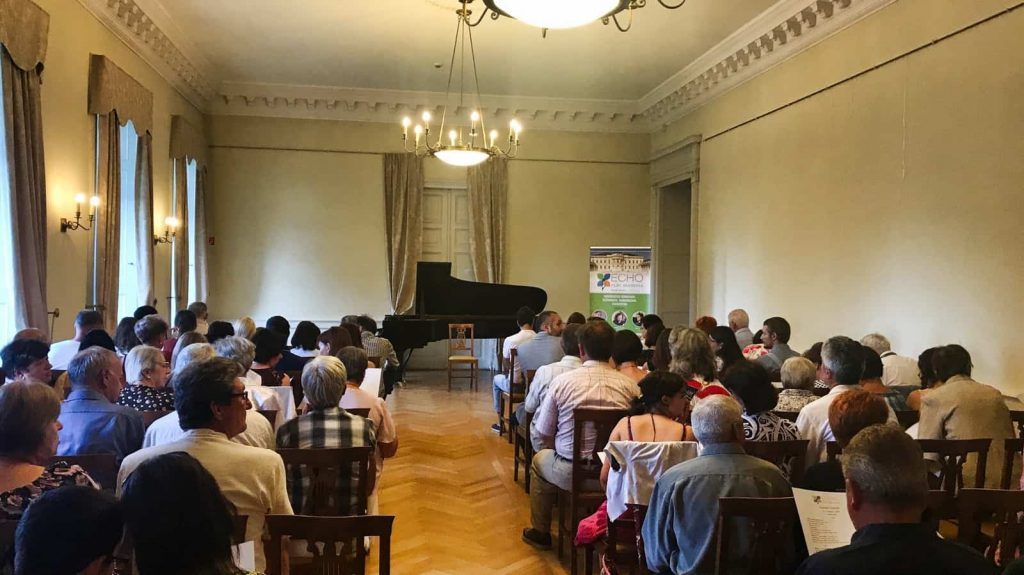 karolyi concert
