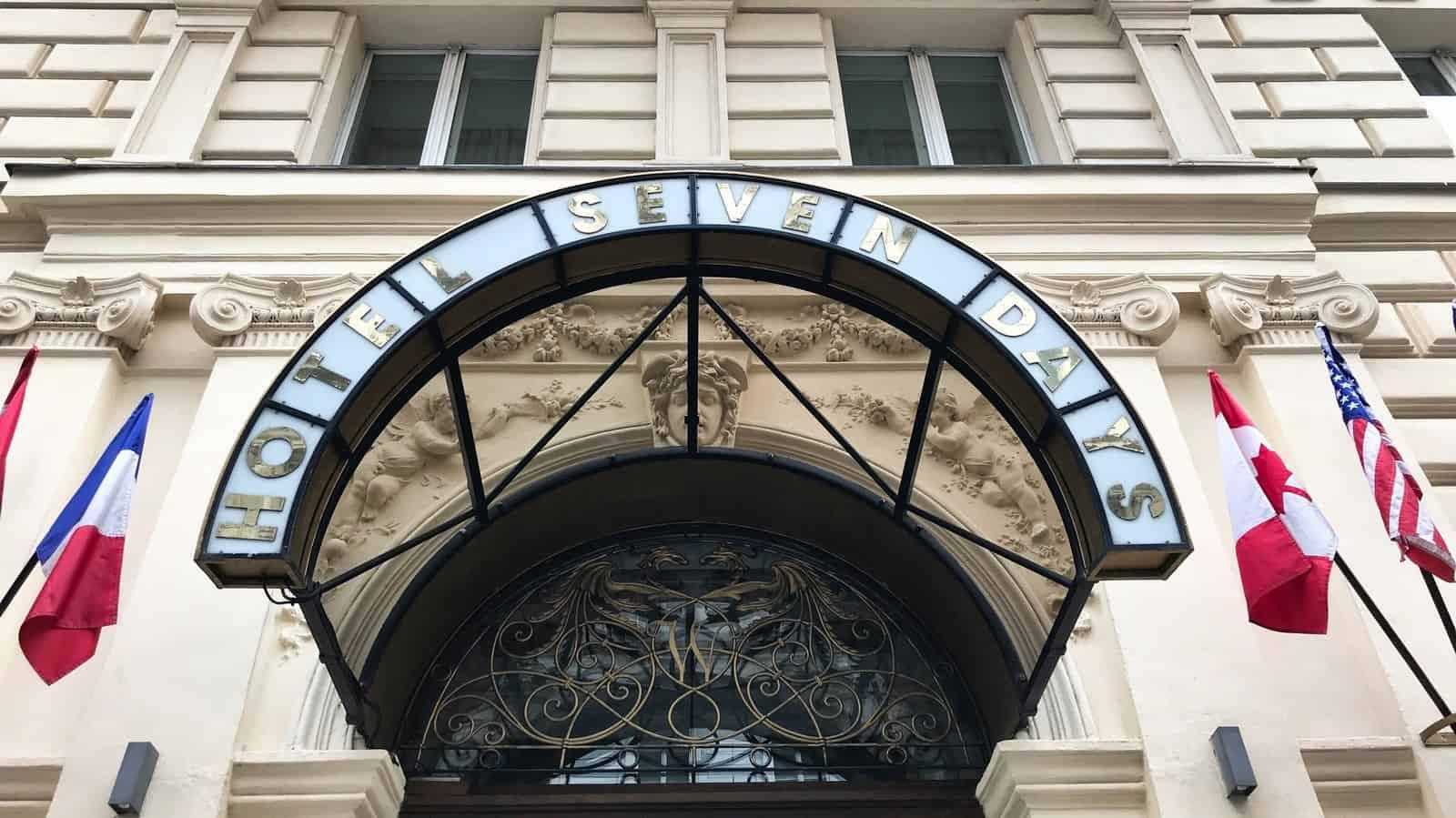 Hotel Seven Days - Prague