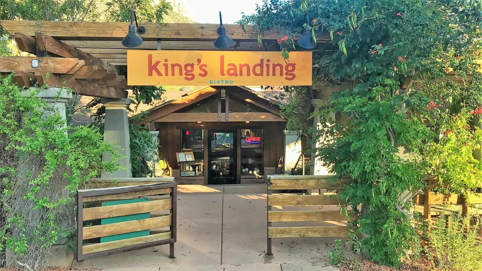 Kings landing dinner