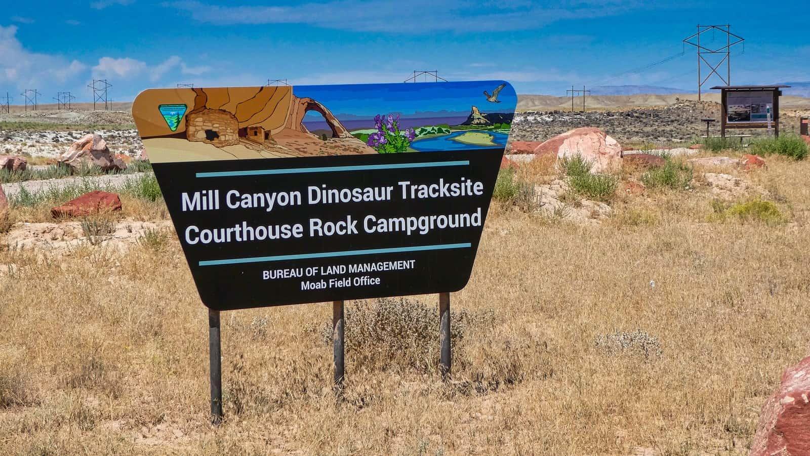 utahs national parks dino tracks