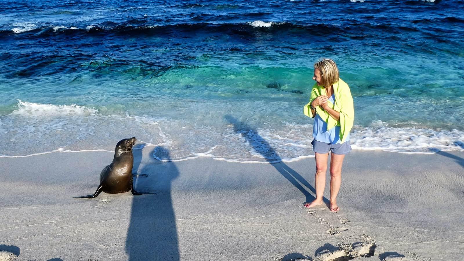 Galapagos cruise Mosquera Island