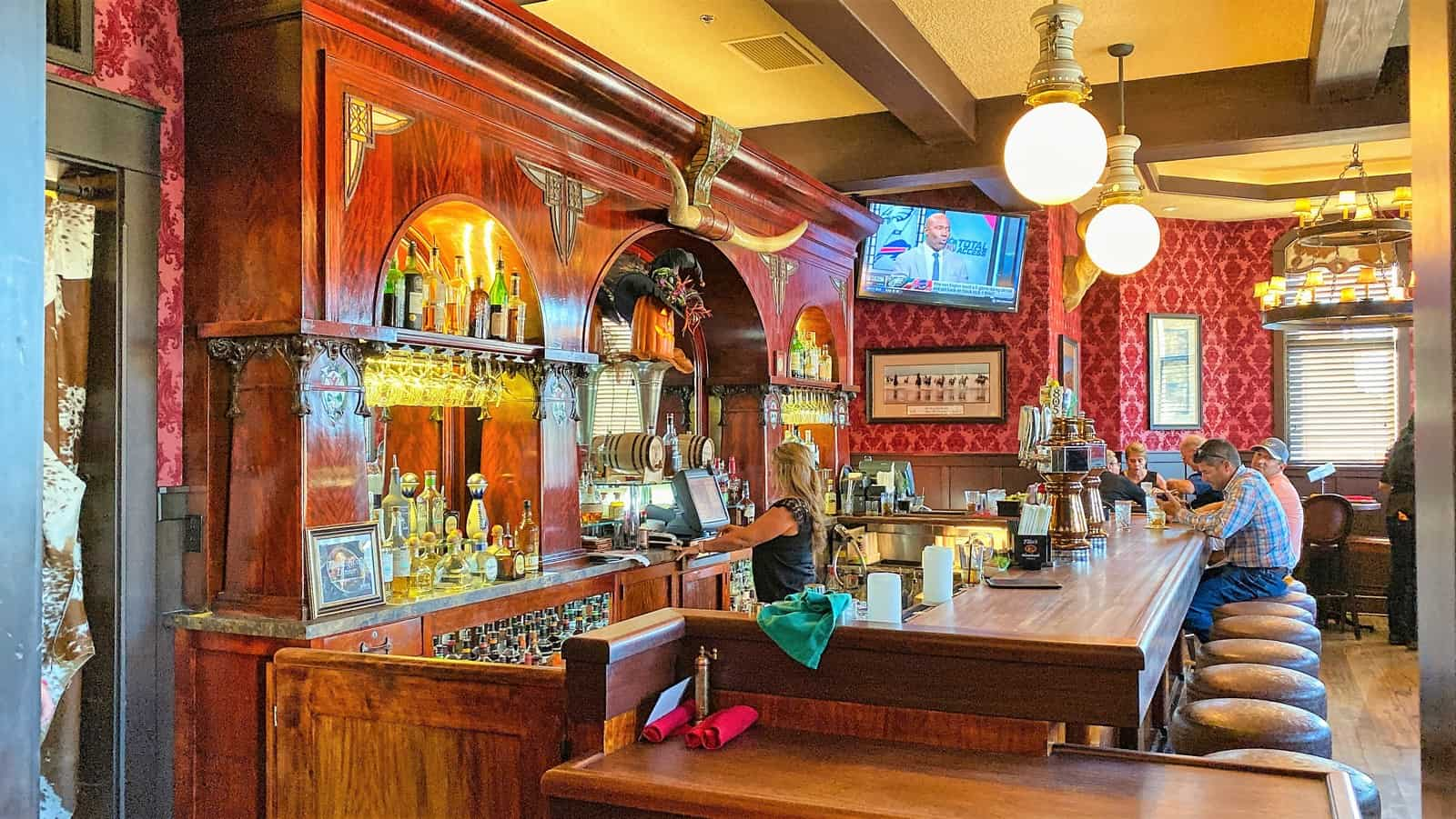 Far Western Tavern
